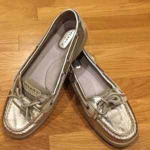 Sperry Boat Shoes - Gold